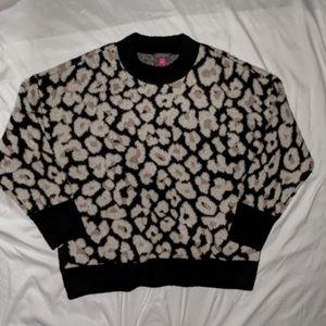 New leopard/cheetah print soft sweater size L